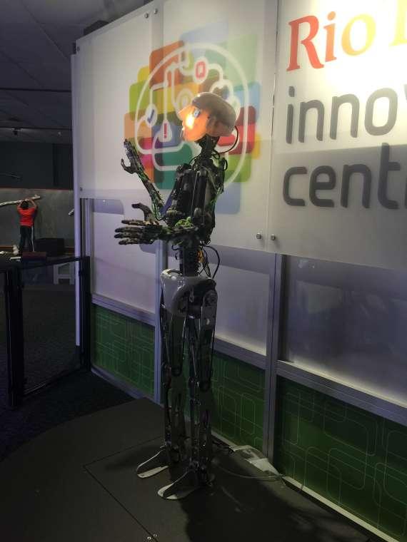 2015-10-07_robot